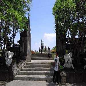 Gerbang Masuk Pulau Peninsula Nusa Dua Bali