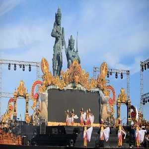 Nusa Dua Fiesta di Pulau Peninsula island