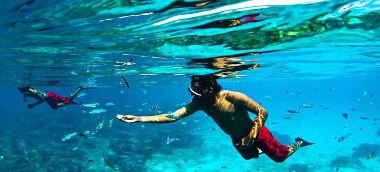 Snorkeling di Pantai Mengiat Nusa Dua Bali