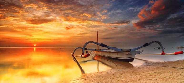 Sunrise di Pantai Mengiat Nusa Dua Bali
