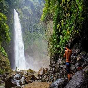 Air Terjun Nungnung di desa Plaga Petang Badung Bali