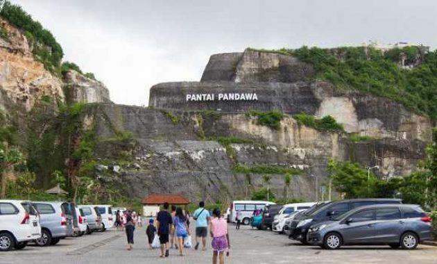 Pantai Pandawa Kutuh Bali