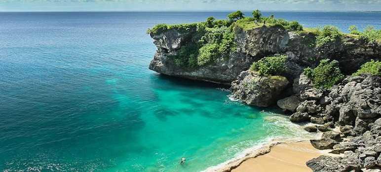 Pantai Balangan Uluwatu Bali