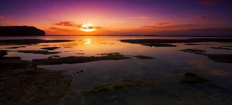 Sunset di Pantai Balangan Uluwatu Bali