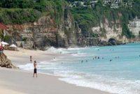 Pantai Dreamland Pecatu Bali