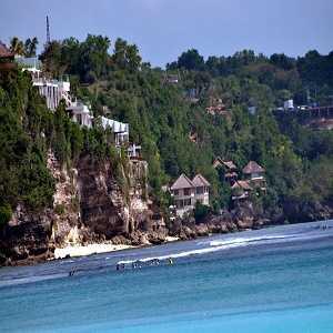 Pantai Padang Padang Uluwatu Badung Bali
