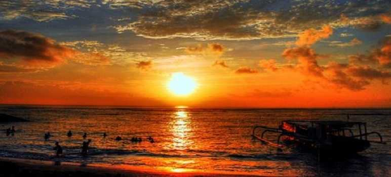 Sunset Pantai Sanur Bali