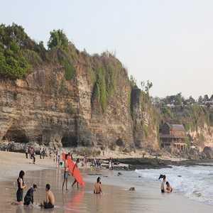 Aktifitas Wisata Menarik di New Kuta Beach Bali