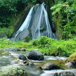 Air Terjun Penikit Bali