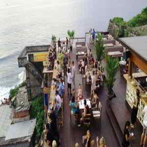 Bar Single Fin Bali