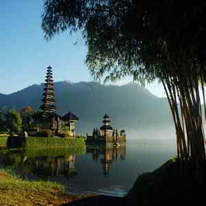 Danau Bratan Bedugul Tabanan Bali