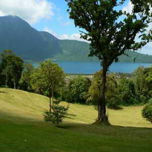 Lake Beratan View