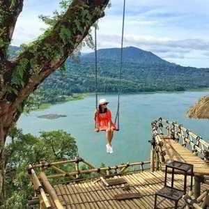 Anjungan Wanagiri Danau Buyan Bedugul Bali