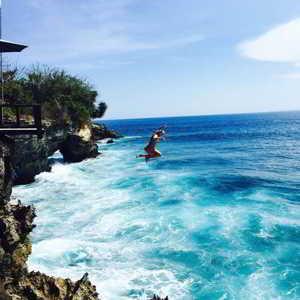 Cliff Jumping Bali