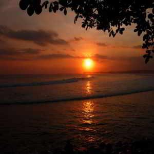 Objek Wisata Pantai Medewi Pekutatan Bali
