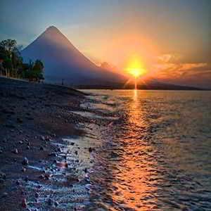Objek Wisata Pantai Amed Bali