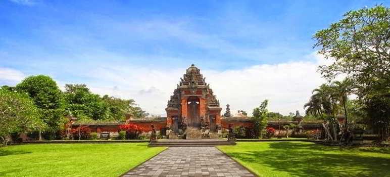 Pura Taman Ayun Mengwi Temple Bali