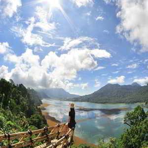 Buyan Lake Bedugul Bali
