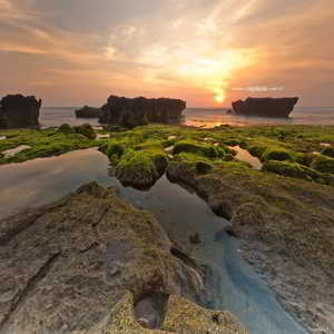 Pantai Echo Beach Canggu Bali