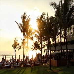 Sunset di Pantai Petitinget Seminyak Kuta Bali