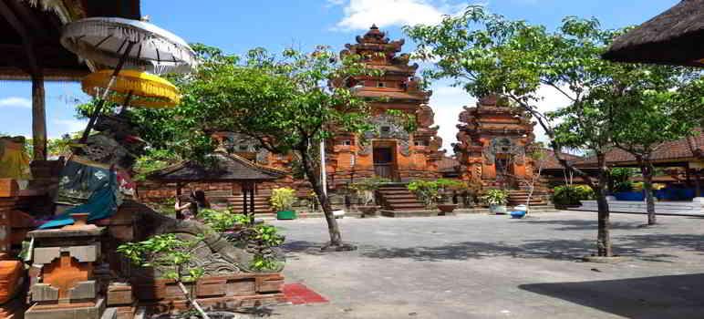 Pura Petitinget Seminyak Kuta Bali