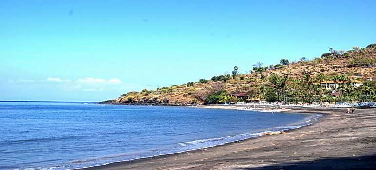 Pantai Canggu Bali