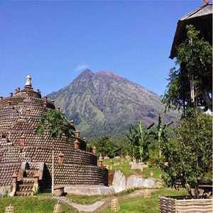 Sejarah Rumah Pohon Karangasem Bali
