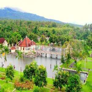 Taman Soekasada Karangasem bali