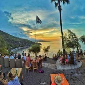 Warung Sunset Point Karangasem Bali