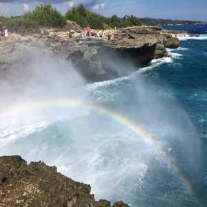 Tempat Wisata Devil's Tears Nusa Lembongan Bali