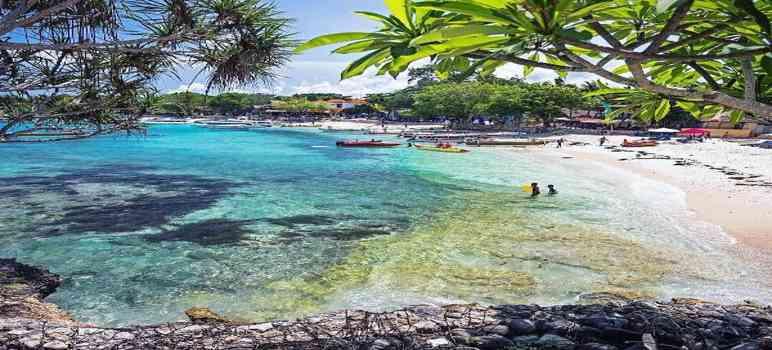 Mushroom Beach Nusa Penida Bali