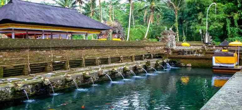 Pura Tirta Empul Tampaksiring Bali