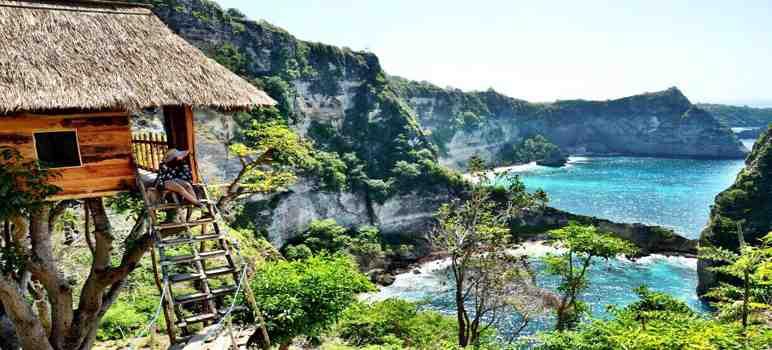 Rumah Pohon Batu Malonteng di Nusa Penida Bali
