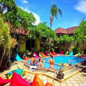 Captain Goose Kuta Bali