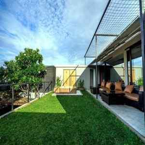 Crazy Bobo Hostel seminyak Bali
