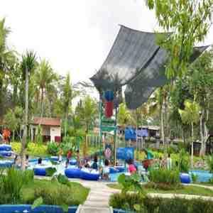 Wahana Waterboom Bukit Jati di Gianyar Bali