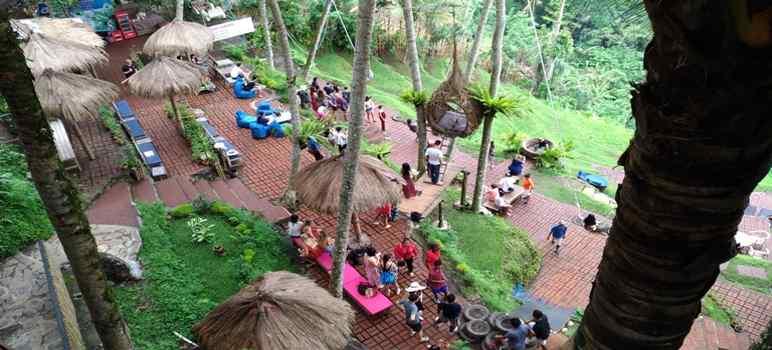 Bali Swing Bongkasa Pertiwi  Tegalalang Ubud