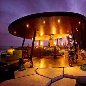 Komune Beach Club Gianyar Bali