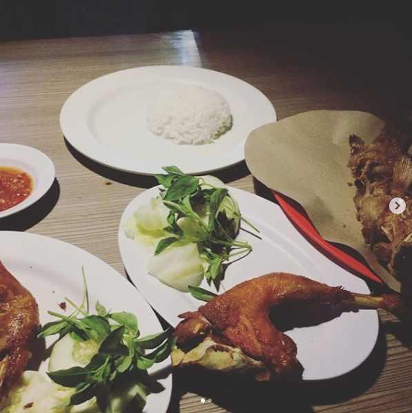 Ayam Plengkung Resto Kuta Bali