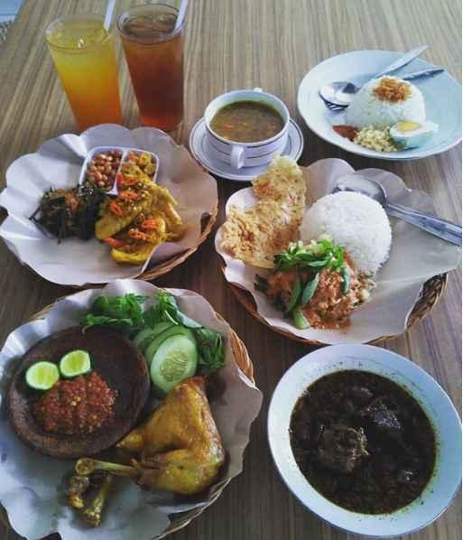 Nasi Pecel Bu Tinuk Kuta Bali