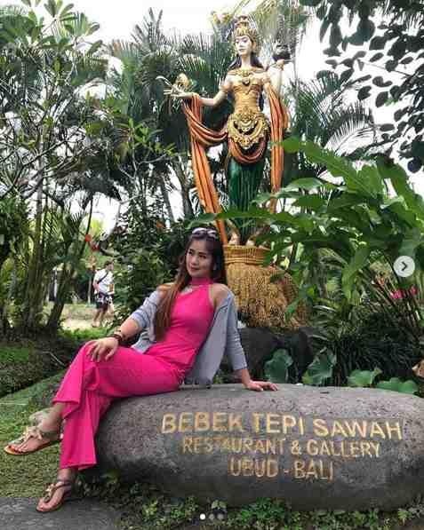Bebek Tengah Sawah Restaurant Ubud Bali