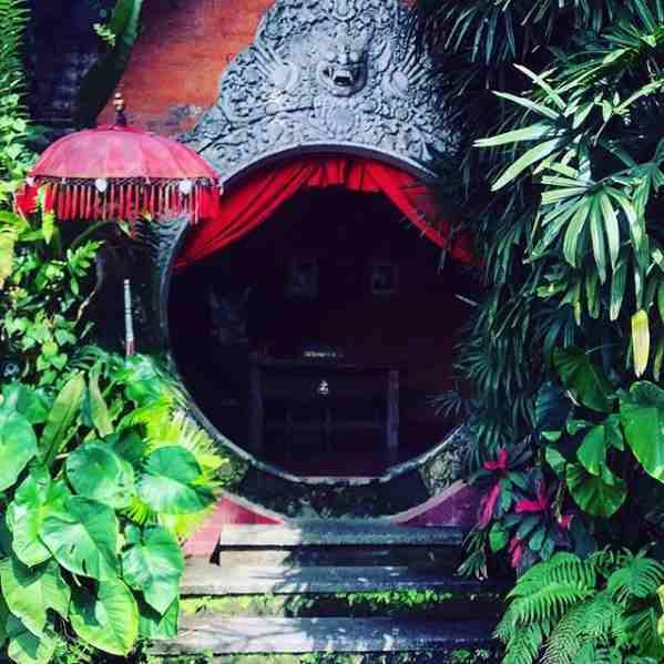 Blanco Far Mandif Ubud Bali