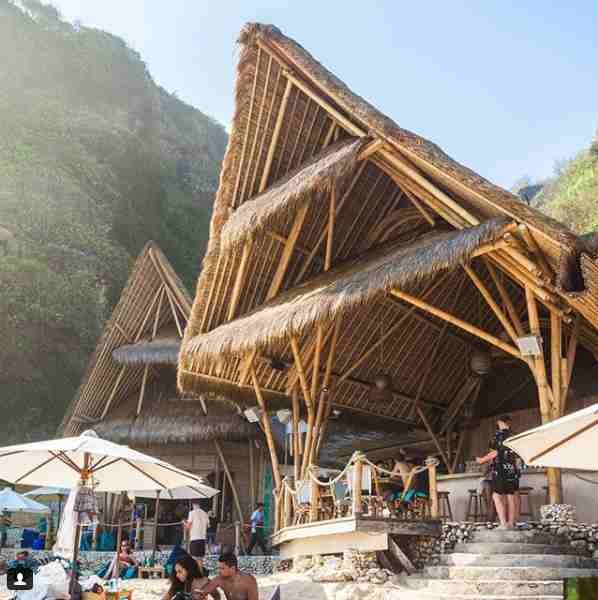 Sundays Beach Club Uluwatu Bali