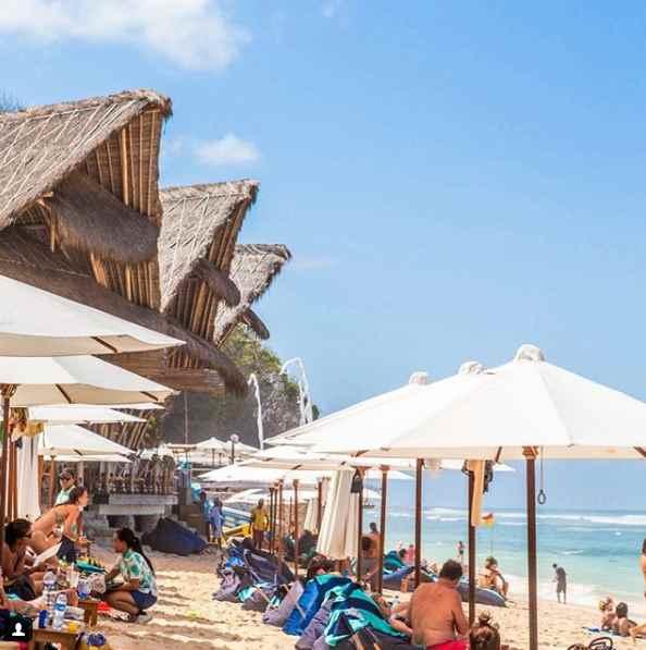 Sundays Bech Club Uluwatu Bali