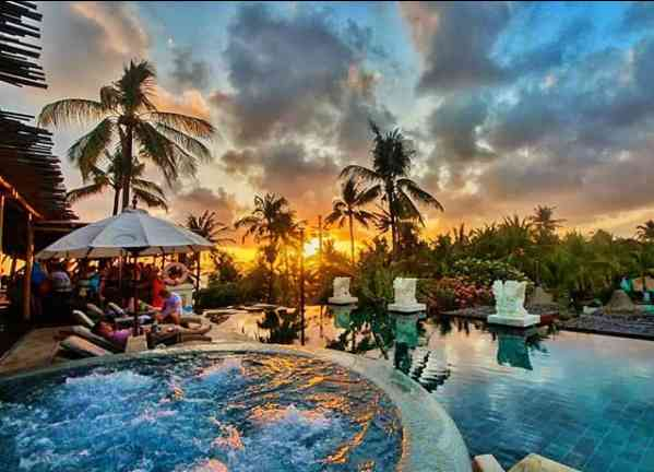 Sunset Azul Beach Club Legian Bali