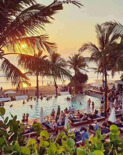 Potato Head Beach Club Seminyak Bali – Review Menu, Alamat & Harga