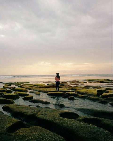 Pantai Pasut Tabanan Bali