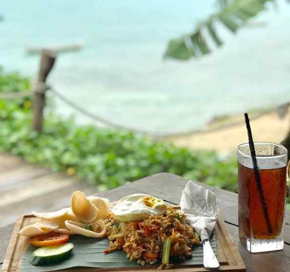 Menu Rsstaurant Le Pirate Beach Club Nusa Ceningan Bali