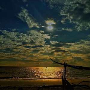 Pantai Candi Kusuma Jembrana Bali