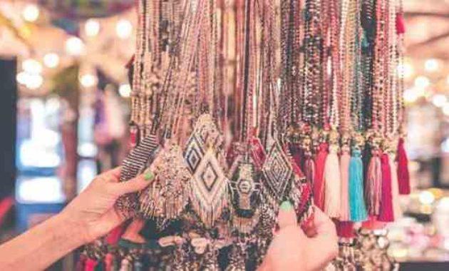 Barang Yang Dijual di Pasar Seni Sukawati Bali